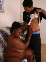 Flabby black babe Subrina gets naughty and enjoys herself with mouthfuls of meat stick and jizz