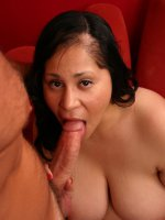 Sexy mature bbw Teedra sucking off a long dong and spreads her fat thighs wide to take it deep in her cunt