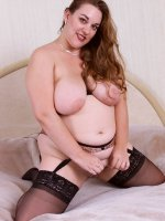 Bbw hottie Cathy dressed up in her sexy seductive stockings teasing