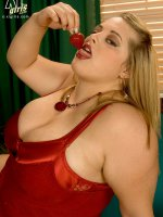 Paging Paige Riley - Paige Riley - BBW,  Natural Boobs