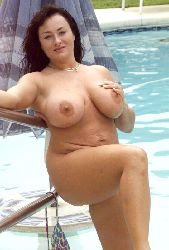 young plump pussy porn pics