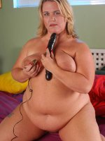Fat blonde milf pokes herself with big black dildo