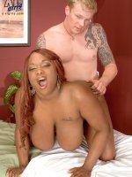 Big Tit Rubdown - Simone Staxxx - Big Tits,  Blowjob,  Cumshot,  Natural Boobs