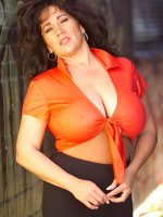 Amazing bbw hottie playing with her massive tits outdoors on a hot day