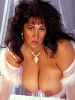 Bbw big tits Ashley spreading her big fat clit in some sexy white lingerie