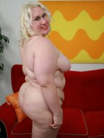 Sultry blonde bbw Tina Rose make use of her fat tits to attract a guy into fucking her beaver