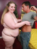 Pretty teen BBW bares it off for the first time and enjoys pussy slobbering from a horny guy live