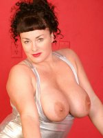 Sexy bbw hottie Betty Boob flashing her boobs and pussy after removing skirt