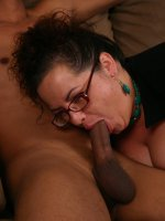 Massive bbw Shianna takes cock stuffing in her mouth and big plump pussy slit