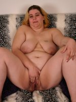 Naughty bbw Drew seduces a black dude with her massive belly and takes cock stuffing in her mouth