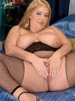 Lusty Lady - Daphne Carter - Big Tits,  Natural Boobs