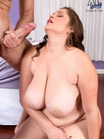 The Heat Is On! – Nikki Armand – BBW,  Blowjob,  Cumshot
