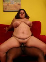 Naughty fatty Jewelz naked and dishes out a pleasurable blowjob to impress a black guy