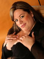 Stunning BBW MILF Desiree strips to show her big juicy melons and ass