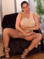 Beautiful chubby chick Ashley spreading her wide fat clit and titties