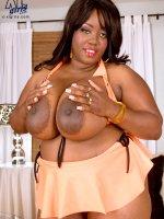 Big Girl Bra Show - Nina Star - Blowjob,  Cumshot,  Natural Boobs