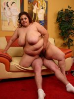 Massive bbw Reyna showing off her queen sized boobies while sucking off a cock and takes pearl necklace of cum