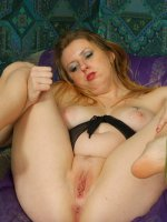 Sex-hungry plump blondie shows her sexy curves