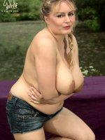 Milk Those Tits - Melissa Mandlikova - BBW