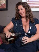U Banged Nikki? - Nikki Smith - BBW,  Blowjob,  Cumshot