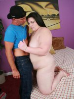 Huge fat and horny bbw Angie Luv spreading her fat thigh to take cock poking in her twat