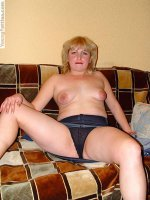 Blonde fat girl shows pussy
