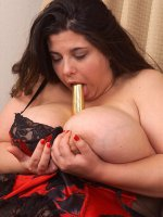 Long haired bbw hottie fucking her huge tits and nice clean shaved fat pussy