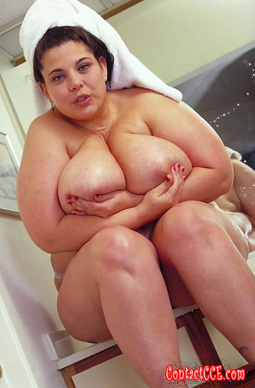 Bbw looking up at pussy consider