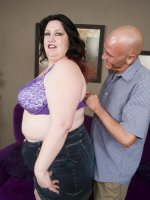 Pretty MILF Matalla shows a hunk that she is no prude by stripping off her clothes
