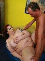 Sultry bbw Harmony showing off her fat booty to lure her partner into pounding her slit