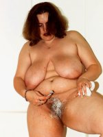 Busty bbw hottie in the shower shaving her nice big fat wet pussy