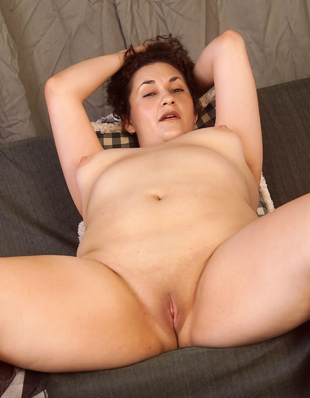 old wet shaved Big pussy