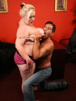 Horny blonde fatty Bunny seduces a stud with her sexy loves handles and gets her cunt munched