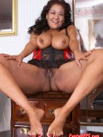 Asian chubby asian in sexy lingerie with perfect feet