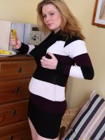 Bautiful young plumper plays with her jugs